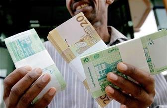 السودان يبدأ طباعة عملة فئة 100 جنيه وسط أزمة سيولة