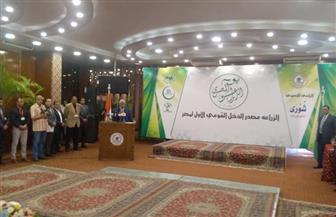 وزير الزراعة: الرئيس السيسي حريص على مناقشة مشكلات القطاع الزراعي ويعمل على حلها
