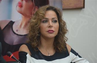 سوزان نجم الدين تدخل في صراع مع زوجات حمادة هلال | فيديو