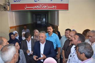 محافظ الإسماعيلية يتفقد أعمال الإحلال والتطوير بالمستشفى العام | صور