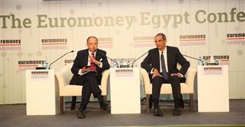"""طلعت يستعرض مزايا التنافسية لصناعة الاتصالات وتكنولوجيا المعلومات خلال مشاركته بـ""""اليورومني مصر"""""""