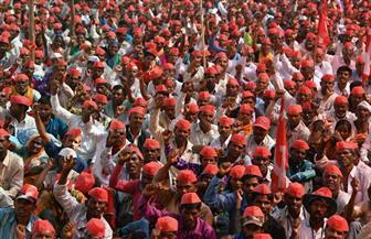 لماذا تظاهر آلاف المزارعين والعمال في الهند؟