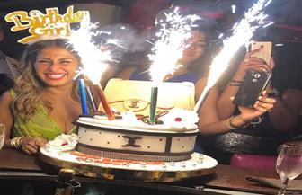 منة فضالي تحتفل بعيد ميلادها بحضور عدد من الفنانين