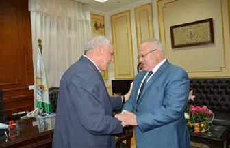 رئيس جامعة القاهرة يزور محافظ الجيزة لتهنئته بالمنصب الجديد | صور