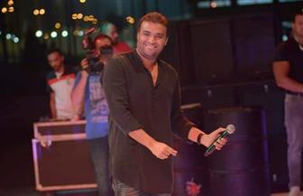رامي صبري يتألق في حفل نادي مدينتي بحضور الآلاف   صور