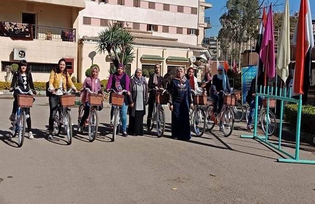 لأول مرة.. انطلاق مهرجان ركوب الدراجات بمدينة طالبات جامعة القاهرة