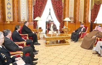 ملك البحرين يبحث مع وزير الخارجية الأمريكي تطورات الأوضاع بالمنطقة