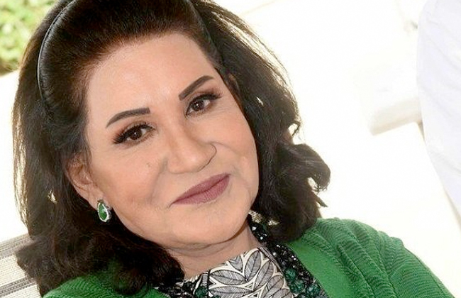 سعاد عبدالله: سعيدة بروح ودأب شباب المسرح في الكويت -