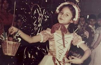 نيللي كريم تستعيد ذكريات طفولتها بمجموعة صور