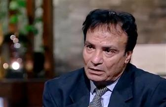 حمدي الوزير يكشف سبب صراخ  أم وابنتها عند مشاهدته داخل الأسانسير