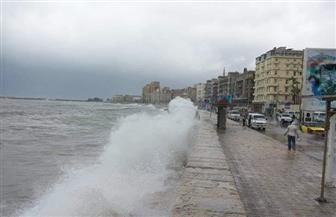 أمطار غزيرة وطقس سيئ يضربان الإسكندرية.. والميناء مغلقة لليوم الثاني| صور