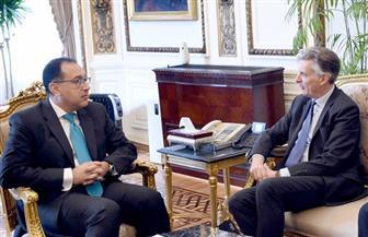 رئيس الوزراء يشيد بحرص بريطانيا على زيادة استثماراتها في مصر خلال الفترة المقبلة| صور