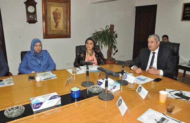 عبد المطلب: تطوير قطاع البترول يسهم في إحراز مصر المركز الإقليمي لتجارة الغاز   صور -