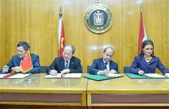 اتفاق مصري - صيني على التعاون في 15 مجالا تتصدرها السيارات والمنسوجات والطاقة