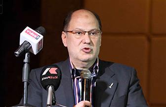 """شعبة البصريات تدعم مبادرة الرئيس السيسي """"نور حياة"""" بالتبرع بنظارات طبية"""