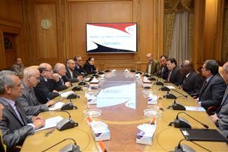 العصار يبحث مع مستشار رئيس جمهورية السنغال سبل التعاون المشترك