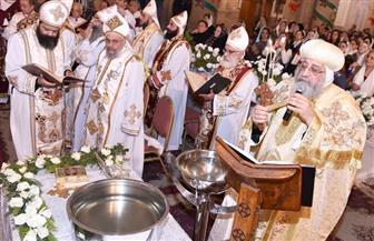 البابا توضروس الثاني يترأس قداس عيد الغطاس بالكاتدرائية المرقسية بالإسكندرية| صور