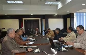 محافظ البحر الأحمر يستعرض المشروعات الزراعية مع رئيس مجلس إدارة الريف المصري