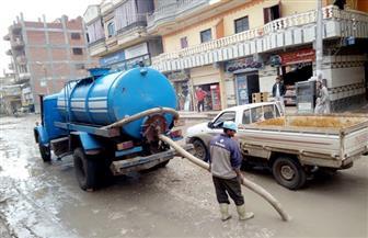 رؤساء المراكز والمدن بكفرالشيخ يواصلون الإشراف على إزالة أثار الأمطار   صور