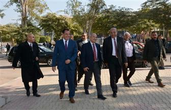 رئيس جامعة أسيوط في جولة تفقدية لمتابعة سير امتحانات الفصل الدراسي الأول | صور