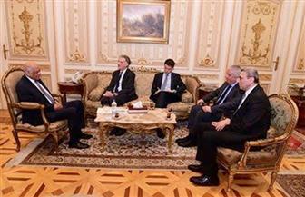 رئيس مجلس النواب يستقبل عددا من سفراء الدول.. ويؤكد دور مصر في مكافحة الجماعات الإرهابية | صور