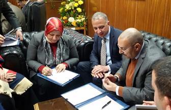 """""""المصرية لنقل الكهرباء"""" توقع عقد توريد وتركيب كابلات الألياف الضوئية بقيمة 273 مليون جنيه"""