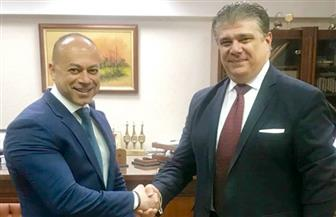 إعلام المصريين توقع بروتوكولا لتطوير التليفزيون المصري