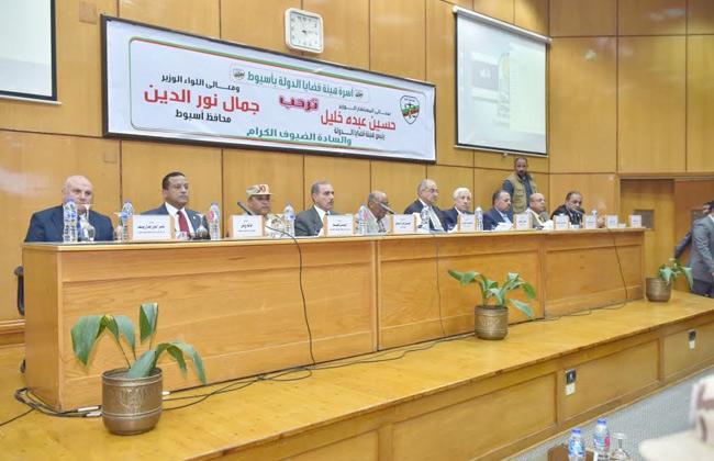 رئيس قضايا الدولة من أسيوط: الهيئة تنظر 4 ملايين قضية   صور -