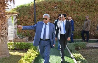 محافظ أسوان يستقبل وزير الشباب والرياضة بمطار أسوان الدولي | صور