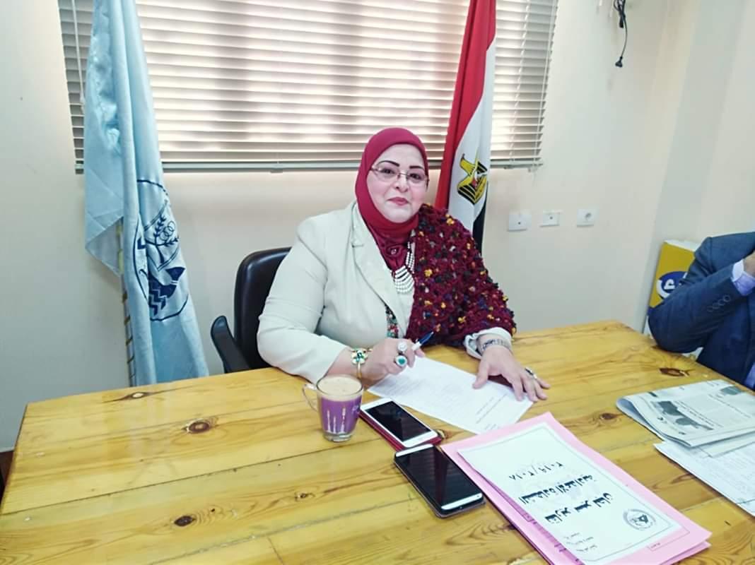 وكيلة تعليم كفر الشيخ تتفقد امتحانات الصف الأول الثانوي والإعدادية   صور -