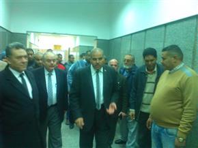 جولة لرئيس جامعة الأزهر بالحرم الجامعي للوقوف على الخدمات المقدمة لعيادات طب الأسنان| صور