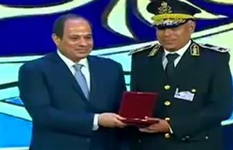 بالأسماء.. الرئيس السيسي يمنح أنواط التميز لعدد من أعضاء هيئة الشرطة
