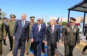كفرالشيخ تحتفل بعيد الشرطة وثورة يناير بوضع إكليل من الزهور على قبر الجندي المجهول| صور