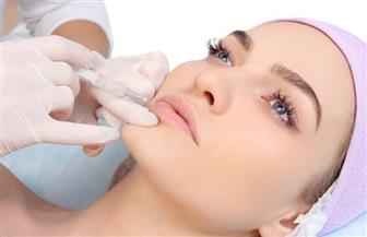 متى تحتاج ترهلات الوجه للعلاج بحقن الفيلر؟ استشاري التجميل تجيب