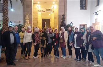 245 شابًا من 7 محافظات يزورون متحف النيل بأسوان