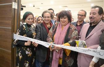 وزيرة الثقافة تفتتح 3 معارض تشكيلية وآخر للكاريكاتير بمعرض الكتاب | صور