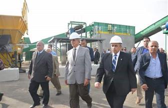 وزير الزراعة ومحافظ البحر الأحمر يفتتحان مصنع تدوير المخلفات الصلبة بالغردقة   صور