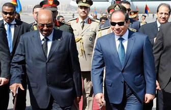 الرئيس السيسي: استعرضت مع البشير مشروعات الربط الكهربائي والسكك الحديدية وتطورات سد النهضة