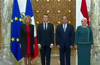 صور تذكارية للرئيس السيسي ونظيره الفرنسي ماكرون في الاتحادية