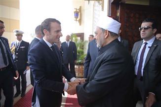 الطيب خلال لقائه ماكرون: مستعدون لدعم فرنسا بتدريب الأئمة لمواجهة الفكر الإرهابي