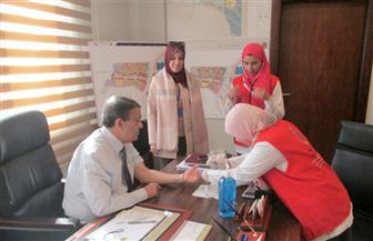 حملة القضاء على فيروس سي تبدأ عملية مسح العاملين في العاصمة الإدارية | صور