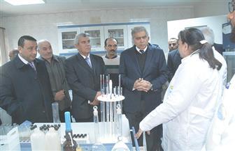 محافظ المنيا يتفقد العمل بشركة مياه الشرب والصرف الصحي