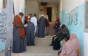 """""""مستقبل وطن"""" يوزع 370 نظارة طبية بالمجان على المرضى بواحتي الداخلة وبلاط"""