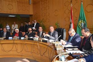 عثمان: نبذل أقصى الجهود لإيجاد حلول جذرية لكل القضايا والمشكلات الجماهيرية بالإسماعيلية
