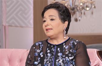 أنيسة حسونة تناقش معركتها مع السرطان بمنتدى الجامعة الأمريكية بالقاهرة