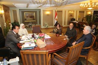 وزير التعليم العالي يستقبل رئيس جامعة كينت الأمريكية  لدراسة إمكانية إنشاء فرع للجامعة فى مصر
