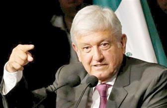 رئيس المكسيك يعرض كاميرا استخدمت في التجسس عليه