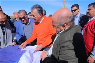عرفات: تنفيذ كوبري تقاطع طريق الفيوم - أسيوط الغربي قبل 30 يونيو المقبل