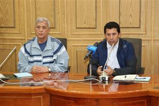محافظ المنوفية ووزير الشباب والرياضة يعقدان مؤتمرا صحفيا بالديوان العام