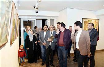 معرض استعادي للفنان مصطفى مشعل يضم أكثر من 100 لوحة | صور